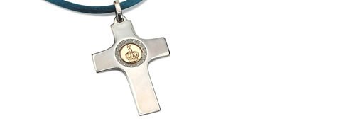 Precious Cross. Gold, silver and diamonds