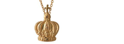 Chain with crown. Gold